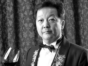 ワインバー「シャトーシノン」 ワインスクール「ル・サロン・ド・シノン」 辻 健一氏
